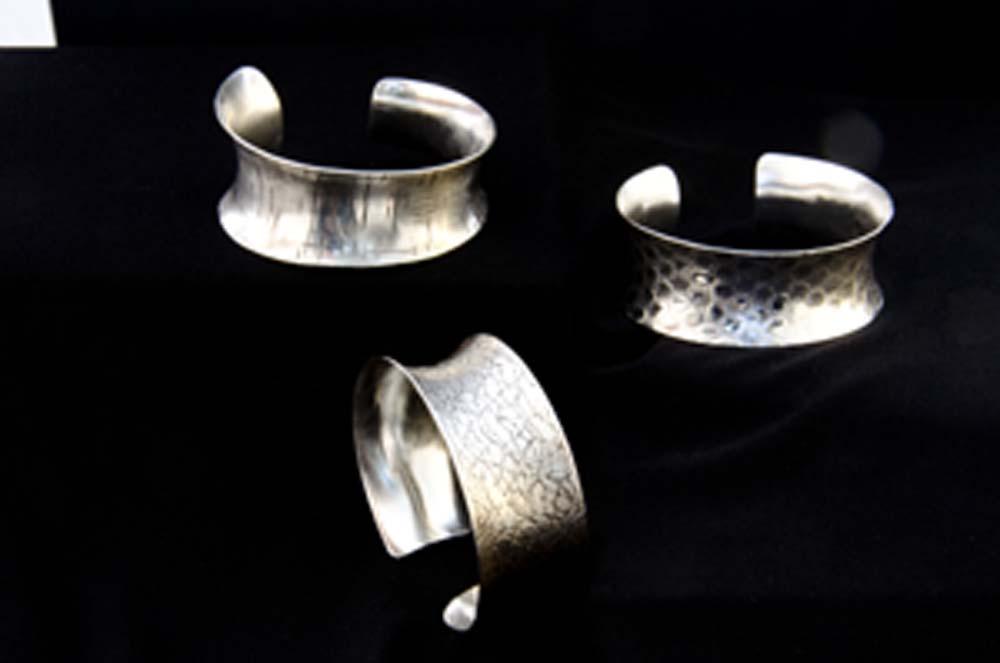 silvercuffs_1000